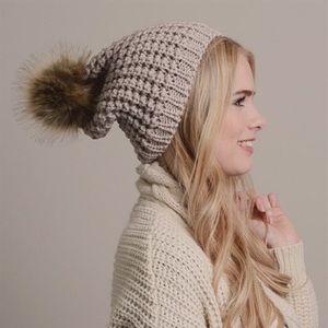 🆕Payton Faux Fur Pom Pom Mocha Beret Beanie Hat