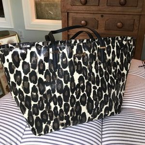 Kate Spade over the shoulder tote leopard tote.