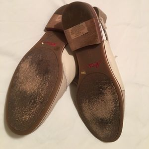 Ellen Degeneres Shoes - Dancing into the day in Ellen Degeneres shoes!