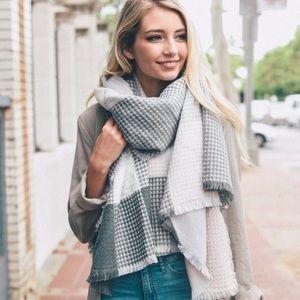 Accessories - 🆕Sydney Plaid Gray & Blush Waffle Knit  Scarf