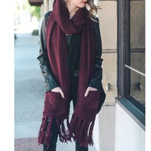 Accessories - Chunky Double Pocket Scarf