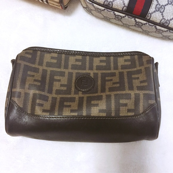 abada6f881a Fendi Handbags - Authentic Vintage Fendi Zucca bag