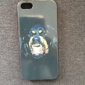 Accessories - Givenchy Rottweiler IPhone 5 Case