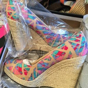 Shoes - BNWT Size 10 Colorful Wedge Pumps