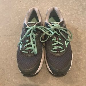 Saucony Women's 8.5W Sneakers - Only Worn 3 Times