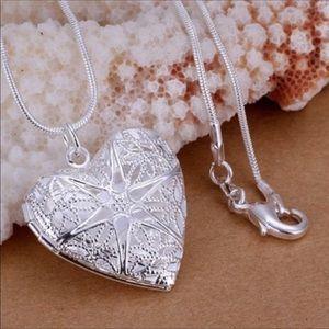 NWOT Silver Star Filigree Heart Locket Necklace