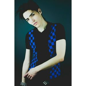 🔵Unique Black Blue Checker Cowl Sleeveless Shirt