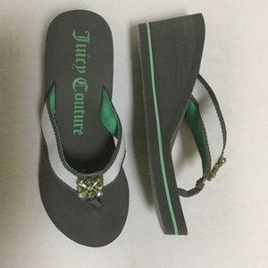 Juicy Couture wedge flip flops size M (7-8)