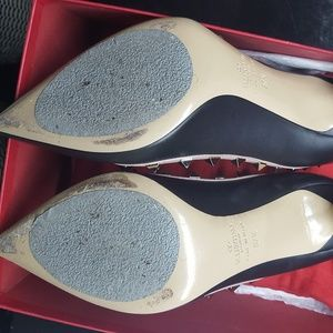 Valentino Shoes - Valentino Rock stud Pumps