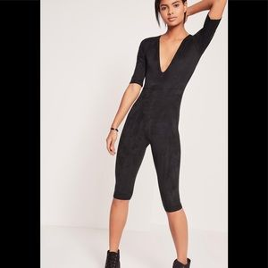 Missguided faux suede short sleeve 3/4   jumpsuit