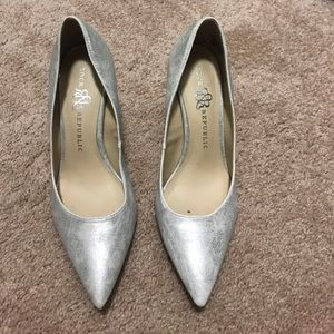 Rock and republic silver heels size 8