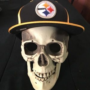 Reebok Accessories - NFL Pittsburg Steelers Fitted Hat e4de3783e39f