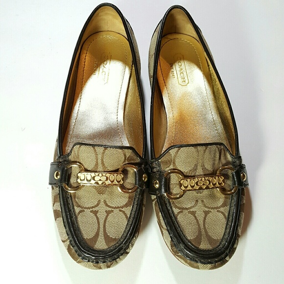 37a2e383a3f Coach Shoes - Coach Signature Loafers size 6.5