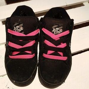 Black and pink Etnies Women's sneaker