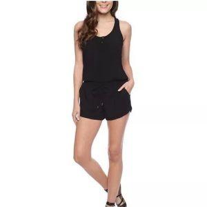 SPLENDID Women's Black Crossback Romper Size- Med