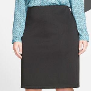Vince Camuto Back Zip Pencil Skirt (Plus Size) 2X