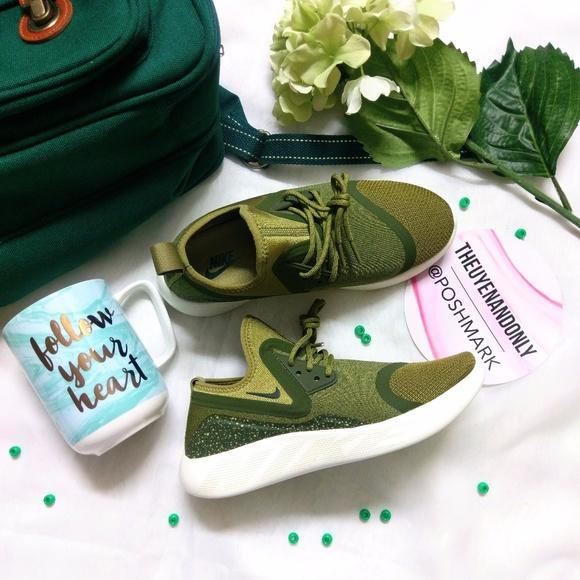 le scarpe nike 1hr vendita donne lunarcharge essenziale poshmark oliva