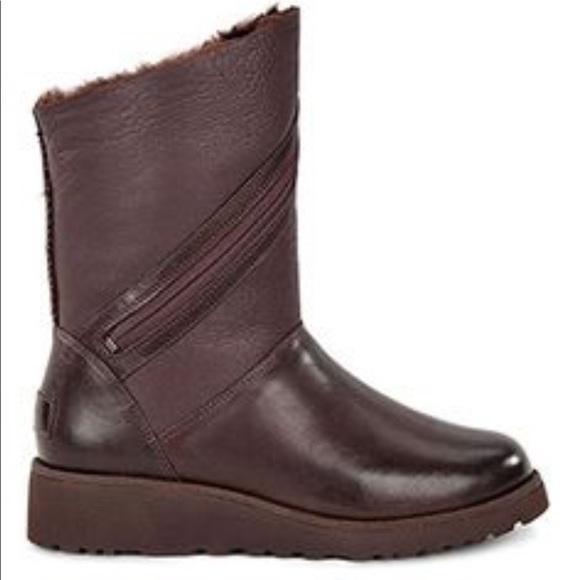 e9c038d30c6 Brand New Lorna Genuine Shearling Lined Wedge Boot NWT