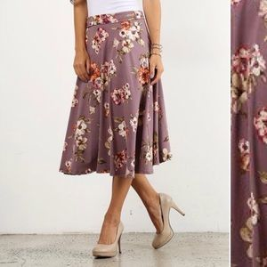 pretty young thing Skirts - ♦️FINAL PRICE♦️ Dusty Lilac Floral Midi Skirt