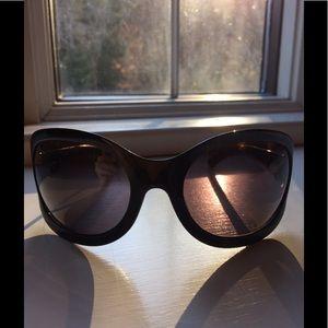 Gucci wrap sunnies sunglasses