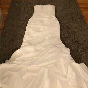 Mermaid Strapless Diamond White Wedding Gown