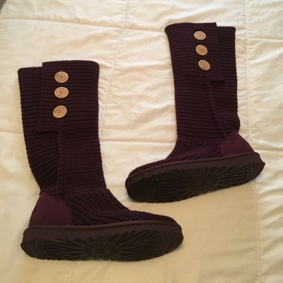 496def680e1 100% Authentic rare burgundy UGG Cardy boots