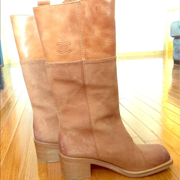 11ed9113243 Chanel cowboy boots