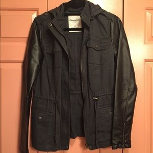 Faux Leather Sleeve Contrast Military Jacket