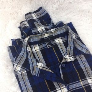 FOREVER21 blue plaid long sleeve button down