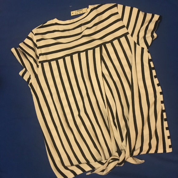 Madewell Tops - madewell striped tie-back tee