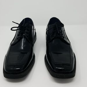 Bacco Bucci dress shoes