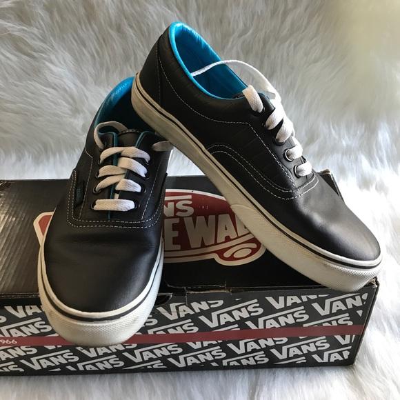 dd0ccdb123 Vans Shoes - Vans Blk VivdBlu Croc Leather Shoes Sz8 Used w box