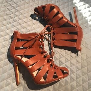 Shoes - Never been used tan laced up heels