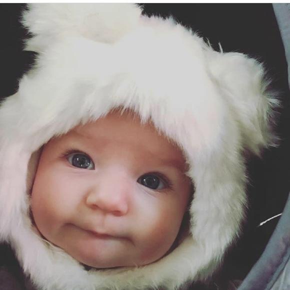 7701de1757e eskimo kids Other - Baby polar bear hat