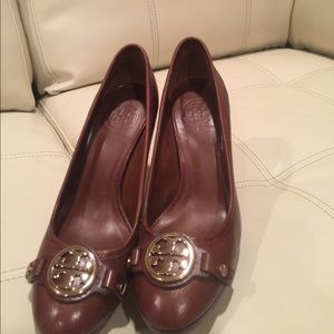Tory Burch pumps, hardly used.