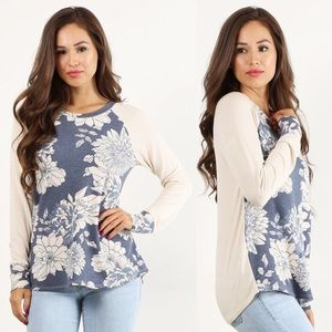 🆕 Boutique Faded Floral Print Top