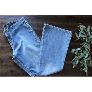 Vintage Tommy Hilfiger Jeans Flare Light Wash