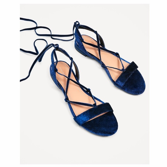 06ce856a106 Zara Navy Blue Velvet Lace Up Sandals Gladiators