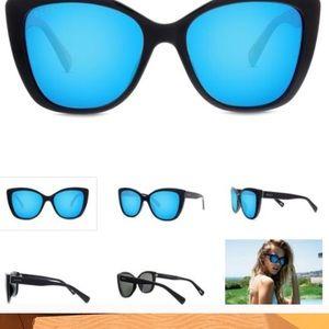 b69e85ae07b Diff Eyewear Accessories - Christina el moussa diff sunglasses ruby nwt