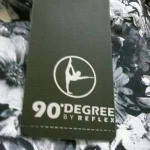 90 Degree By Reflex Tops - NEW 90 Degree by Reflex Exercise Yoga Top M