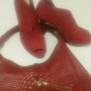 Nine West Red Suede/Leather Shoe