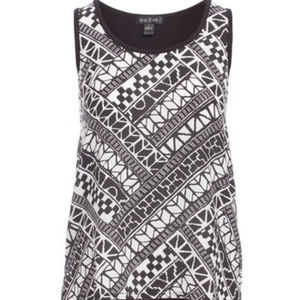 NEW AUGUST SILK AZTEC Tribal Short Sleeve Top S