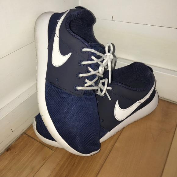 Nike Shoes - Size 7 women s or 5.5 youth navy blue Nike roshes 1dc0bcf1a