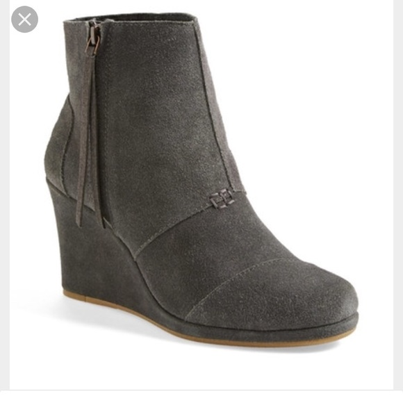 1a4c767749a Toms Shoes - Toms Desert Wedge Boots - Dark Grey Suede