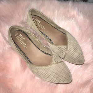 Toms Pointed Flats
