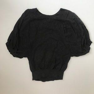 Raglan Dolman sleeve Adorable sweater! Small