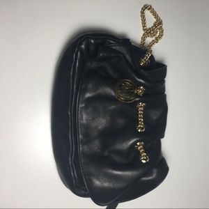 Henri Bendel clutch - barely used like new!