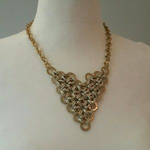 Jewelry - Woven pattern gold/silver tone statement necklace