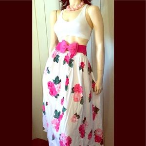VTG BOHO Watercolor Floral Print Flairy Skirt