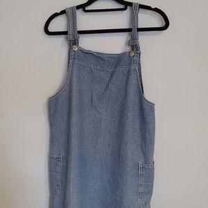 Dresses & Skirts - Vintage overall denim dress